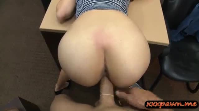 Curvy babe pawns her pussy screwed hard by pawn keeper