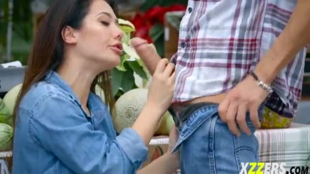 Eva lovia in farmers wife fuck in the market